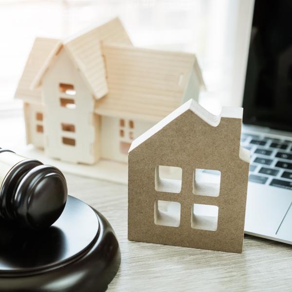 Courtroom Decorum in a Virtual World